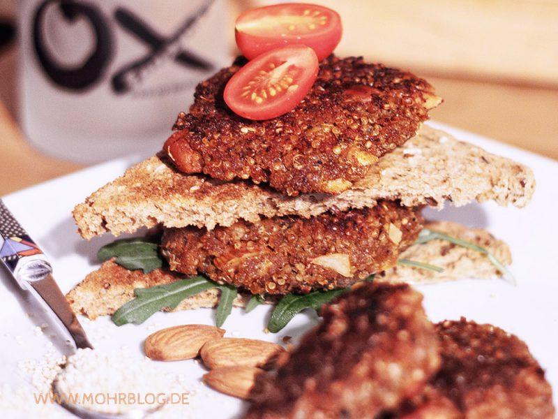 Quinoa-Möhren-Buletten mit Mandeln