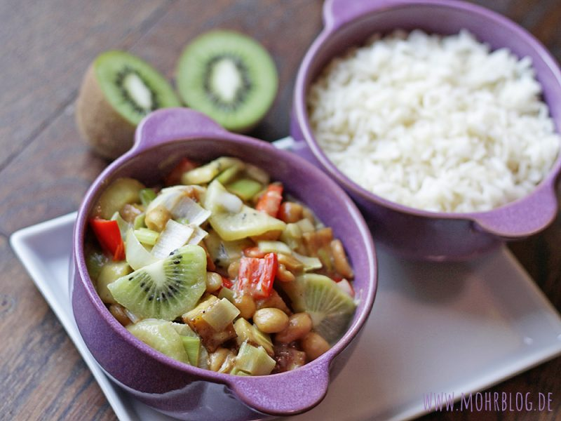 Erdnussiges Kiwi-Curry