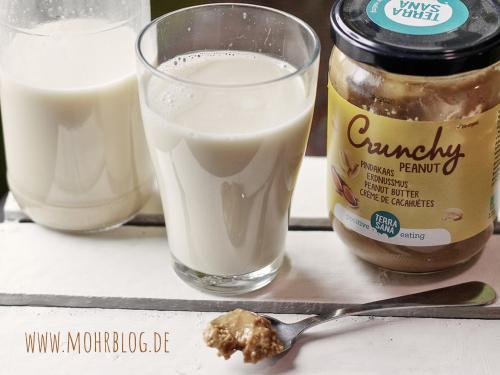 Erdnussmilch