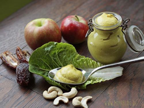 Apfel-Curry-Vinaigrette